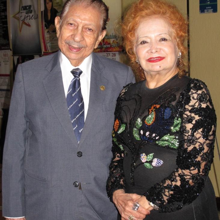 Juan Jose y Elda Navarrette Senior.